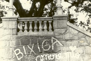 Roberto Freire no bairro do Bixiga