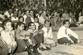 Roberto Freire durante exibição teatral no Programa Nacional de Teatro, década de 1960